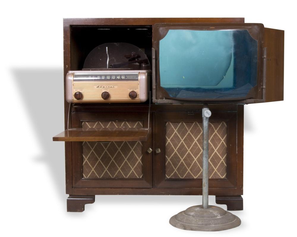 Home Entertainment System Kansapedia Kansas Historical Society # Modeles De Table De Television
