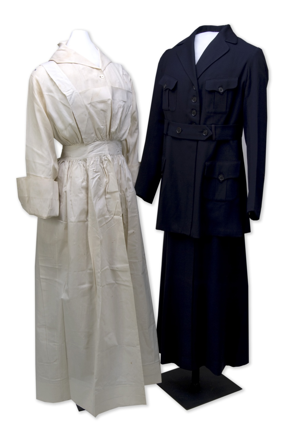 Ethelyn Myers' World War I nursing uniform