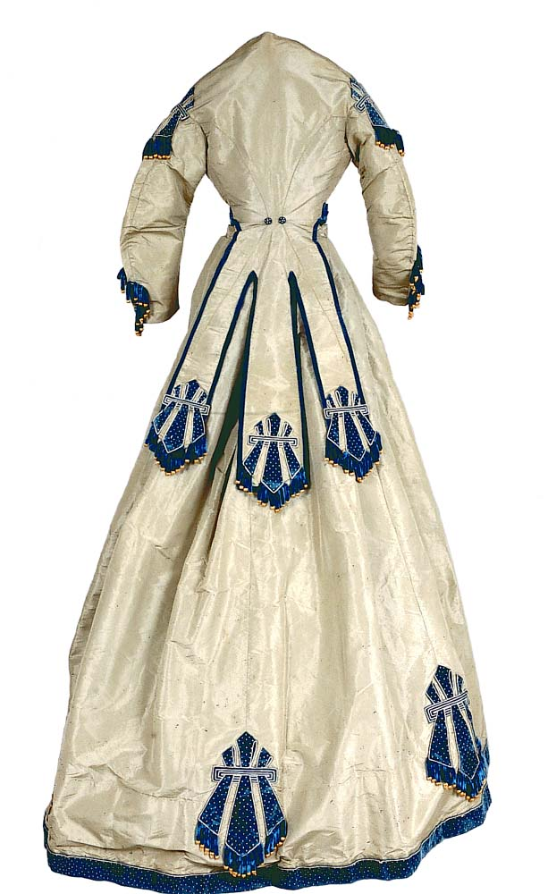 Gown worn to Lincoln's inaugural ball in March, 1865