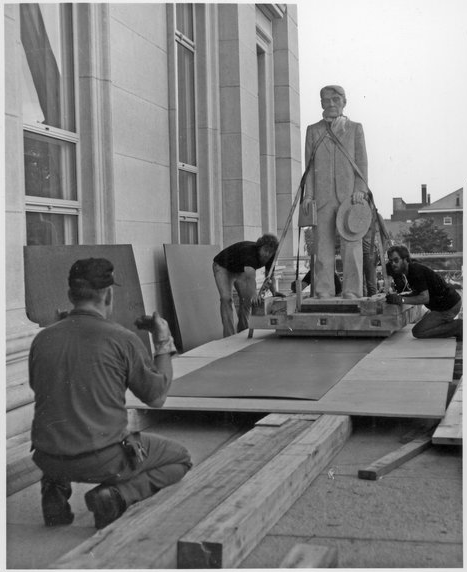 Statue of Arthur Capper being moved into the Capitol second floor rotunda.
