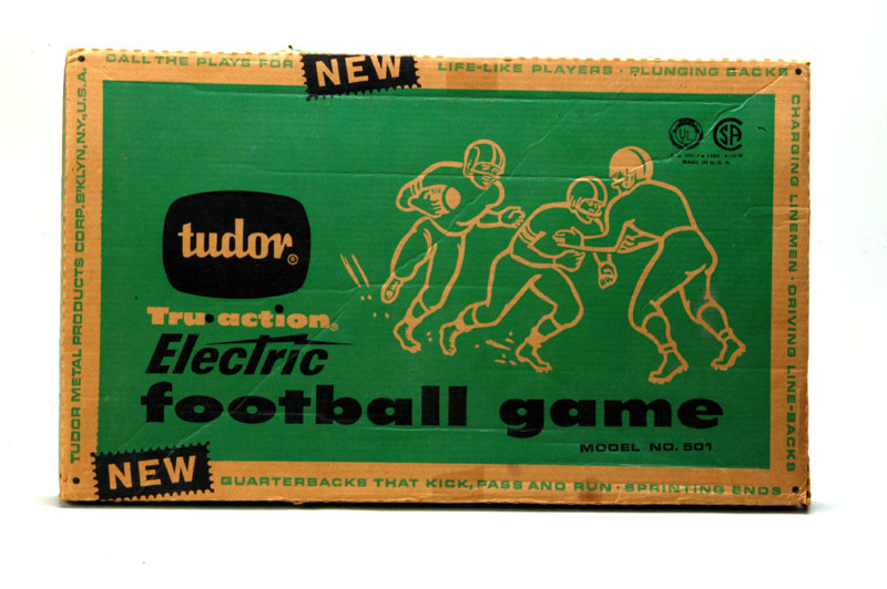 Box lid, electric football game