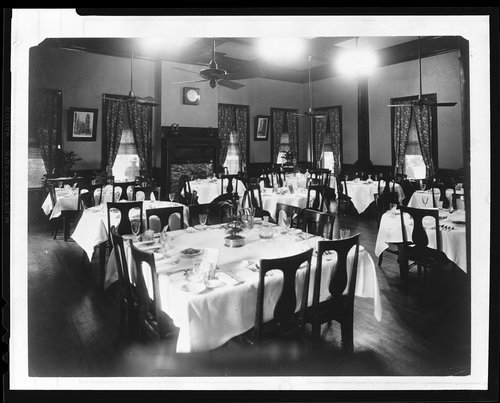 Topeka's Harvey House dining room, 1920s