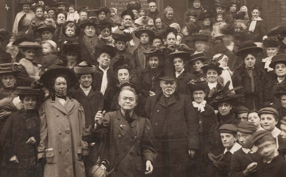 Carry Nation and supporters at Rochester, New York, in 1901.