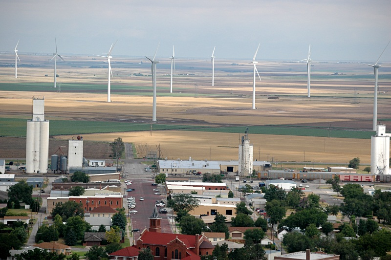 Spearville wind farm.  Courtesy of Kansas City Power & Light, photo by Lyndall Blake.