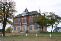 Former Logan County Courthouse, Russell Springs