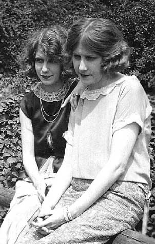 Eleanora and Adelaide Ambrose