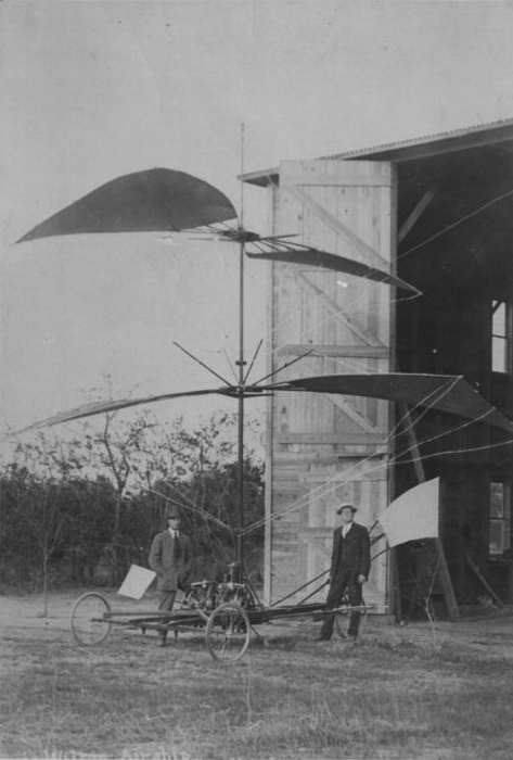 Purvis and Wilson with their two-story aircraft