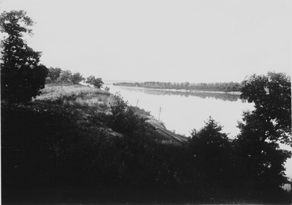View of the Missouri River and levee