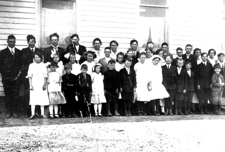 Historic Stach School and class