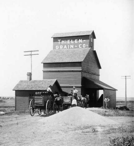 Grain elevator in Dorrance, 1907
