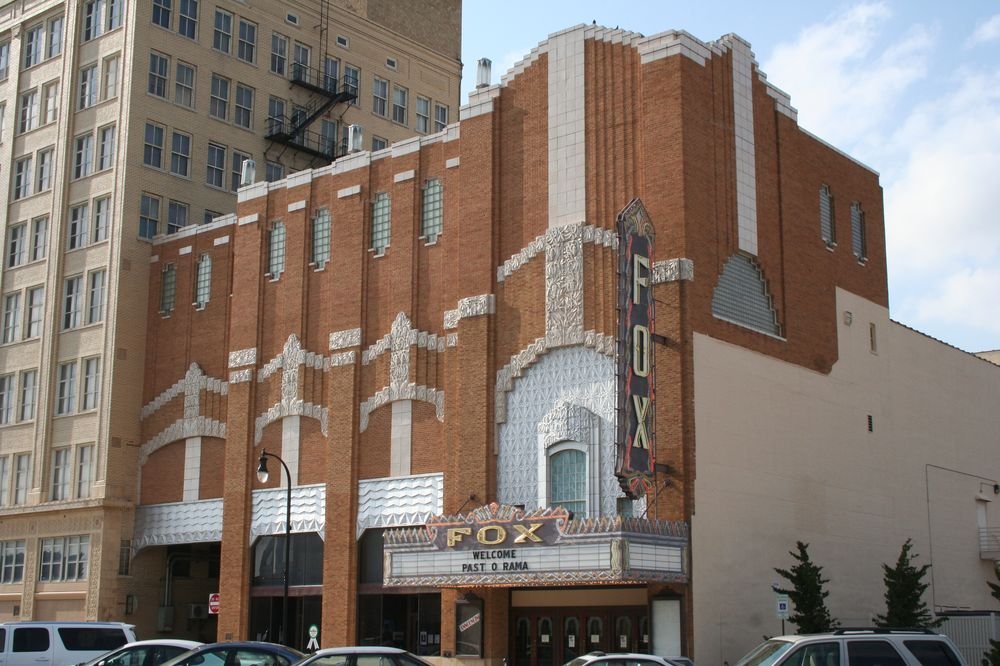 Fox Theater, Hutchinson