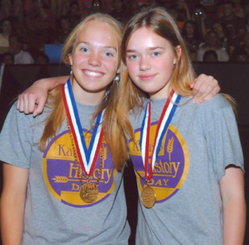 Anna Hamilton and Sjobor Hammer, National jr. group document, 1st place