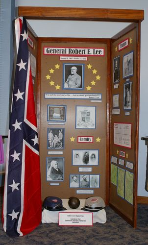 "Jr. Group Exhibit, ""General Robert E. Lee"""