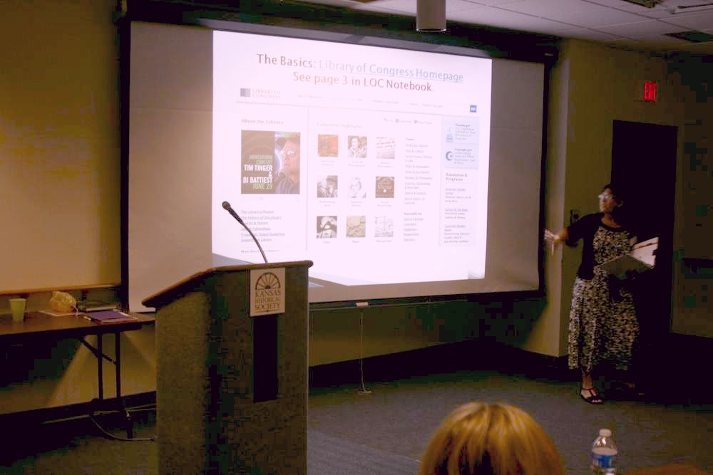 Dr. Mallein instructs participants on the basics of the Library of Congress website