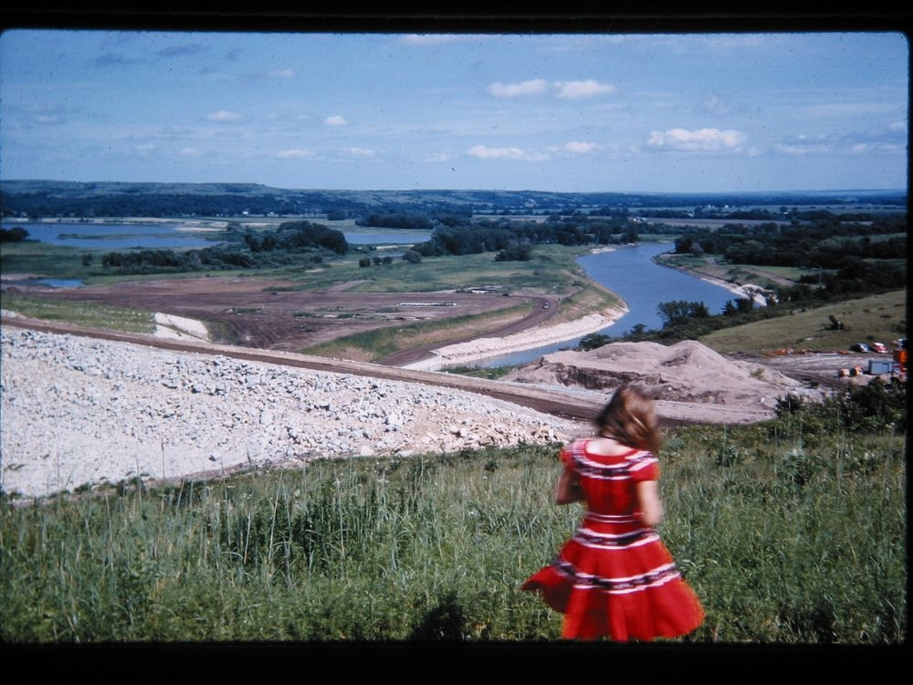 Construction on spillway of Tuttle Creek Dam