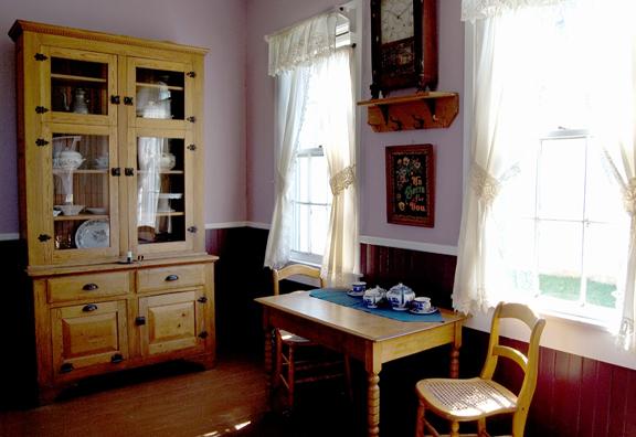 Grating, Grinding and Shaving: Antique Kitchen Gadgets ...